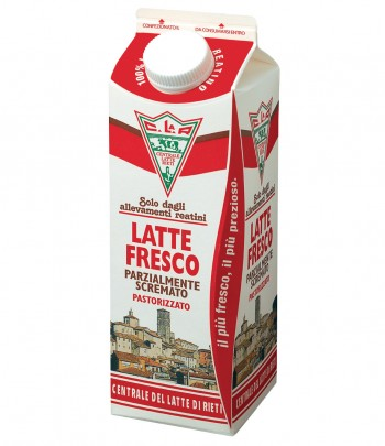Latte fresco parzialmente scremato